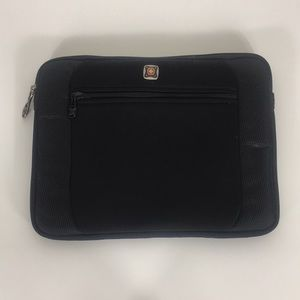 Swiss-Gear Black IPad Case